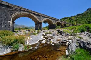 Ponte sull' Alcantara