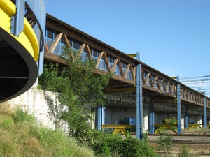 Sopra la ferrovia