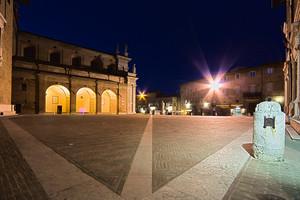 Piazza Duca Federico
