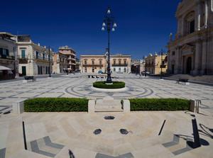 Rosolini – Piazza Garibaldi