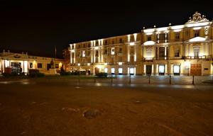 La piazza dell'alpino