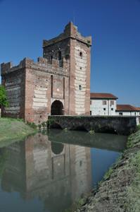 La Torre Scaligera e il suo ponte