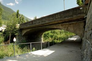 Passando sotto il ponte…