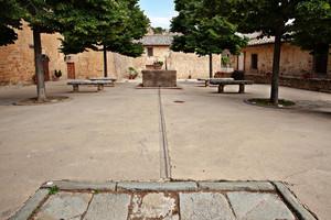 Una vecchia piazza