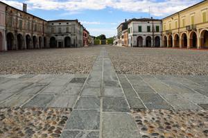 Piazza XXIII Aprile e Quattro Martiri