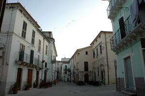 Piazza Umberto I : Pronta per l'aperitivo domenicale