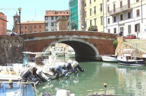 Ponte su canale di Livorno