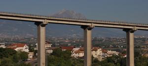 Un Gran Sasso sul ponte