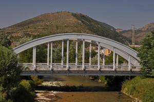 Ponte sul fiume Aterno