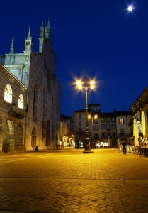 Piazza Duomo nel Blu!