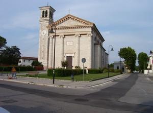Piazza Roma – la chiesa – Roveredo in Piano (PN)