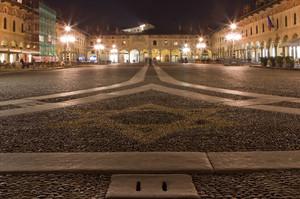la notte in piazza ducale