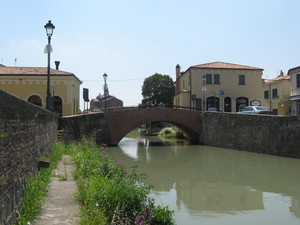 Ponte del campiello (o ex pescheria)