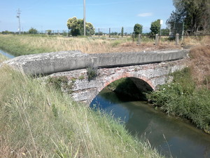 Ponte 2 sul canale raccoglitore