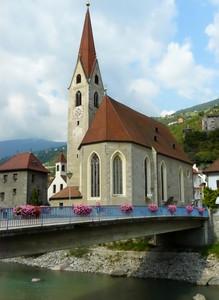 La chiesa sul ponte fiorito