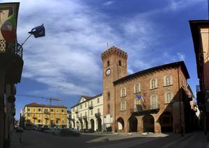 Piazza martiri di Alessandria, Nizza Monferrato