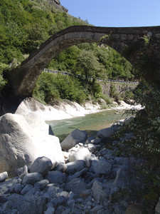 Antico ponte sul Diveria, Varzo