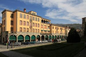 Piazza S. Fara
