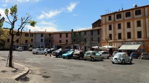 La Piazza parcheggio