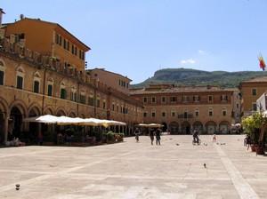 ''Portici e logge'' - Ascoli Piceno