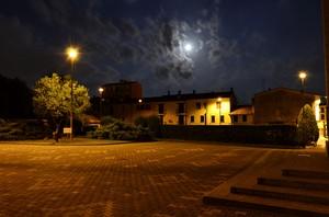 e la luna busso' ..alle porte del buio