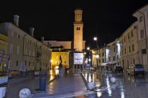 Pioggia in Piazza XXIV Maggio