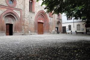 Piazzetta della chiesa di S. Maria e S. Siro