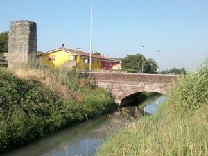 Ponte 4 sul canale raccoglitore