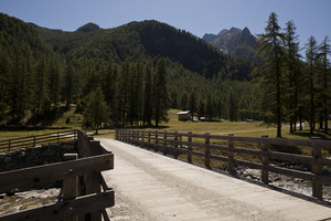 Un ponte in Val Clavalité