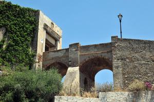 Accesso al Castello dei Ruffo