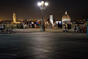 Piazzale Michelangelo: una terrazza su Firenze