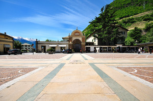 Piazza della Basilica 3