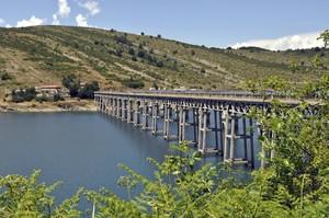 Ponte al lago di Campotosto