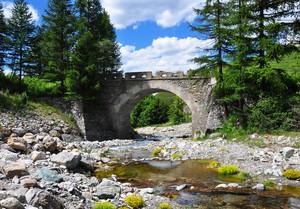 Ponte di Rhuilles