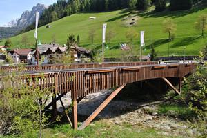 Un ponte in legno