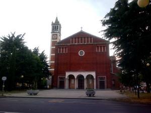 Garbagnate Milanese-Piazza della Chiesa