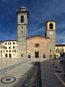 P.zza Duomo Bobbio