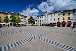 Colle di Val d'Elsa – Piazza Arnolfo