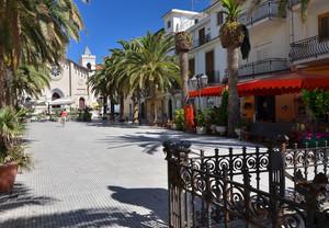 Letojanni – Piazza Durante