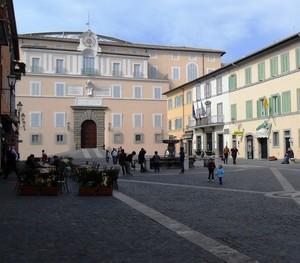 Piazza della Liberta' e il Papa.