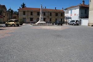 Piazza Battaglino Mario