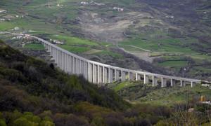 Ponte sul fiume Verrino