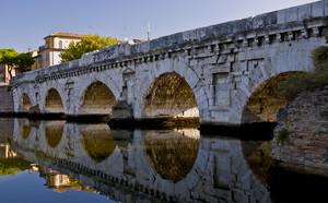 Sua maestà ponte Tiberio