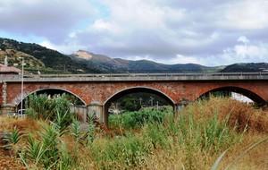 Il ponte sul canneto di Zappardino Frazione di Piraino (ME).