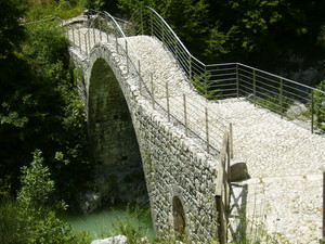 Ponte di Annibale sul Tiferno