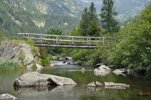 Ponte in legno sul fiume Chiese