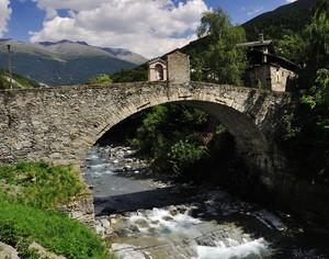 Il ponte di Combo