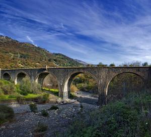 Ponte ferroviario di Francavilla