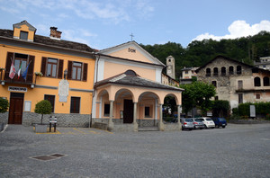 Piazza Scolpis