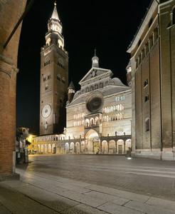 Notturno a Cremona